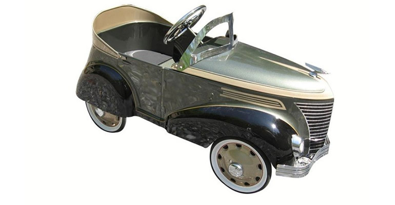 Lot# 6372- Restored Gendron pedal car with absolutely wonderful custom two tone paint